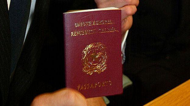 Pasaporte italiano