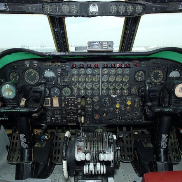 Buồng lái B-52