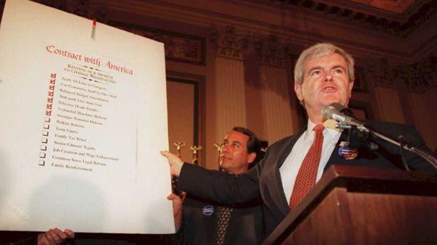 Newt Gingrich encarnó a la nueva ola de políticos que llegó al Congreso tras la revolución de los republicanos.