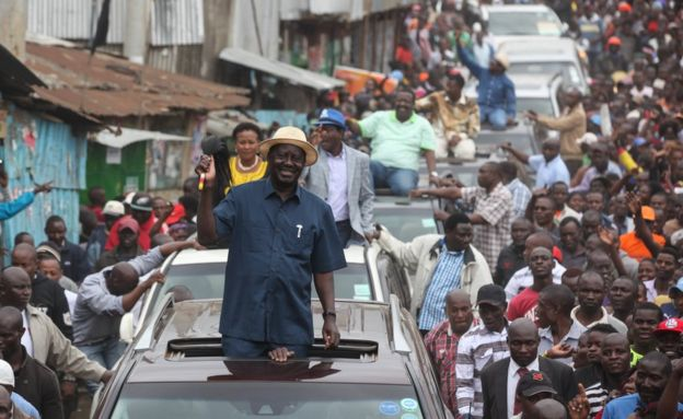 Raila odinga and entourage