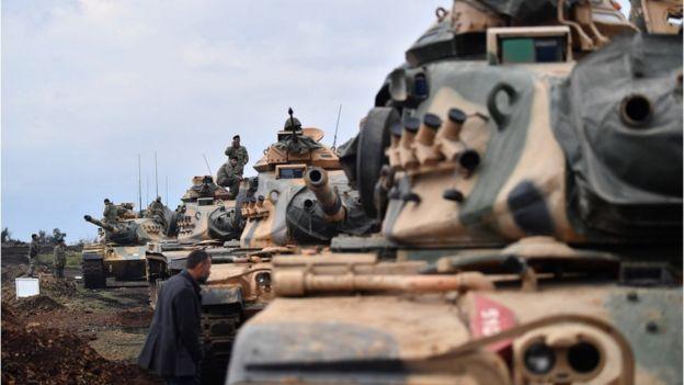 Afrin'e giden Türk tankları