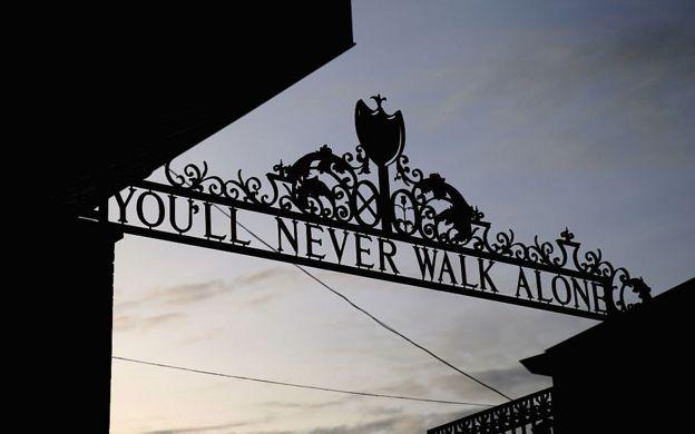 Entrada a Anfield