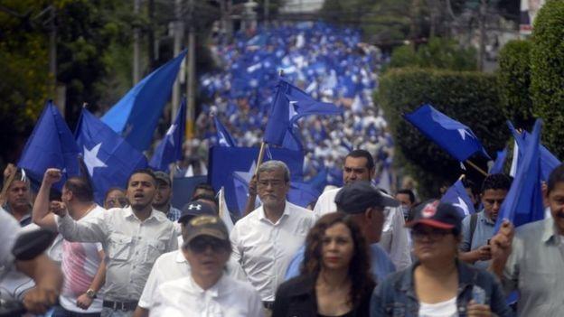 Protesta a favor del presidente de Honduras, Juan Orlando Hernández.