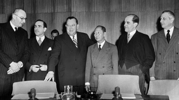Miembros del Comité Especial para Palestina con el Secretario General de la ONU, Trygve Lie