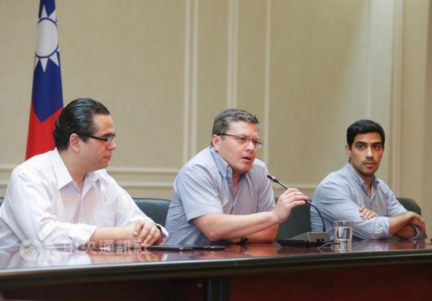 對於傳言宏國將於7月中斷交,駐台大使謝拉表示絶不可能。