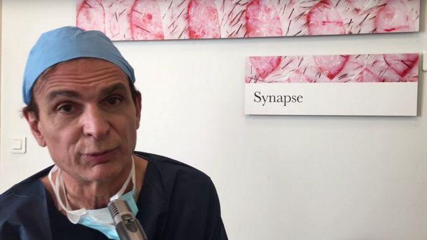 Maurice Mimoun, el doctor a cargo de la operación
