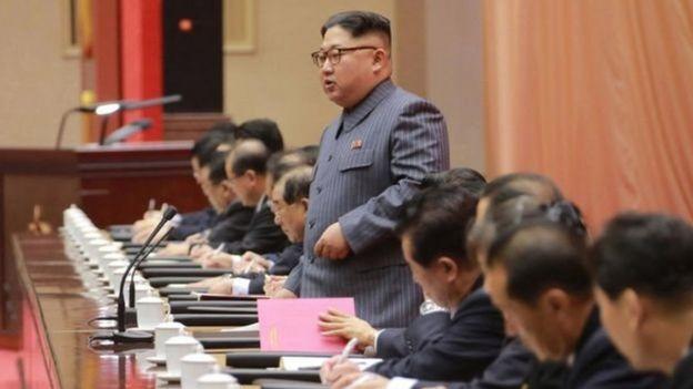 Lãnh đạo Bắc Hàn Kim Jong-un không chịu khuất phục trước sức ép quốc tế