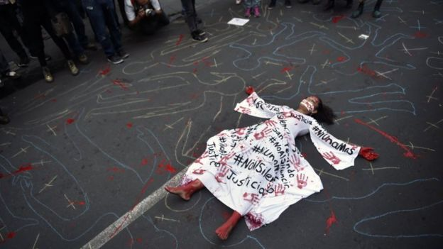 A Protester Highlighting The Dangers Journalists Face In Mexico