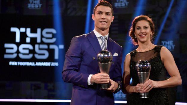 Cristiano Ronaldo y Carli Lloyd