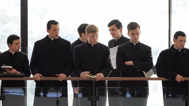 Los primeros sacerdotes en participar en el seminario de exorcismo realizado por el Vaticano lo hicieron en 2005.