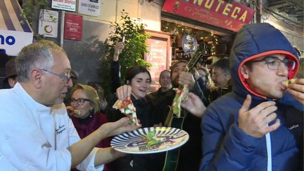Naples pizza-twirling gets Unesco world heritage status