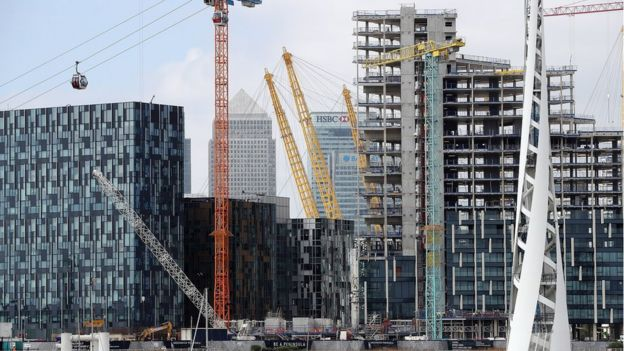 Building development on the Isle of Dogs