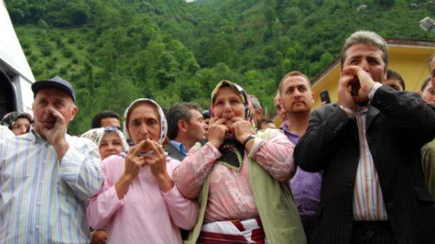 Жителі турецького села - носії місцевої свистячої