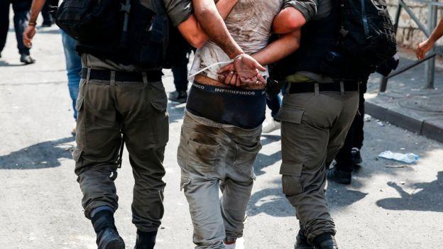 Palestino detenido
