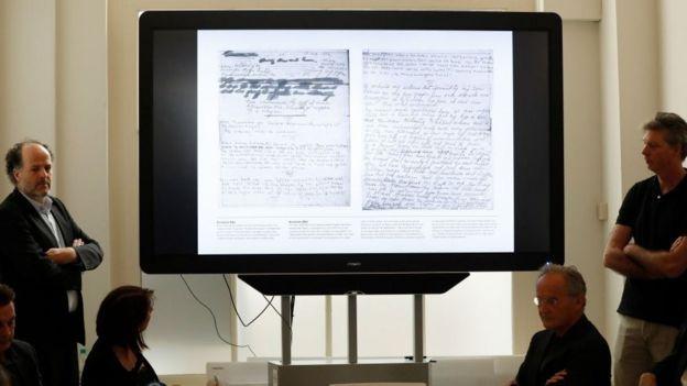 Presentación de las páginas inéditas del diario de Ana Frank.