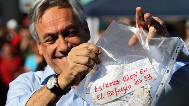 El gobierno de Piñera se recuerda, entre otras cosas, por el rescate a 33 mineros que quedaron atrapados en una mina.