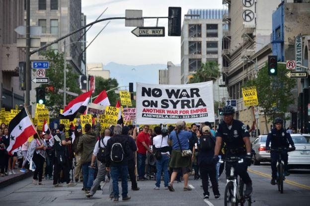 Hubo varias manifestaciones en Estados Unidos contra el ataque.