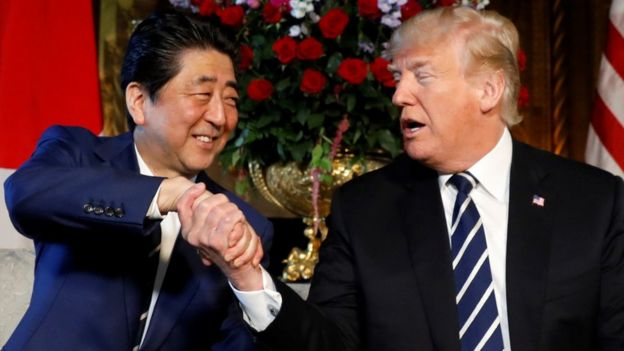 Shinzo Abe y Donald Trump, en Florida.