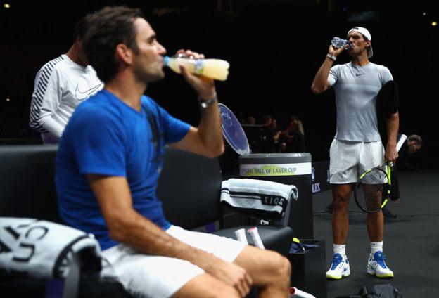 Federer y Nadal entrenando