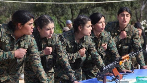 مقاتلات كرديات