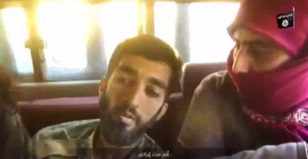 تصویر محسن حججی چند دقیقه بعد در ماشین