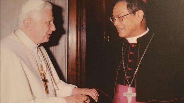 天主教台灣地區主教團主席洪山川認為,梵蒂岡的外交是種「價值觀」的邦交,要有正義、和平與人權。