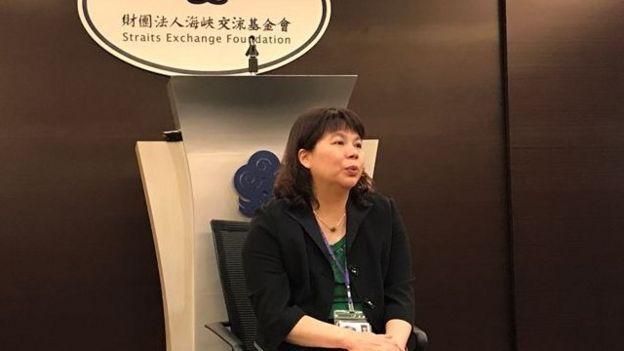 台湾海基会发言人李丽珍表示,张向忠随旅行团来台脱逃,情况较特殊。