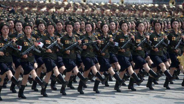 Mujeres soldado