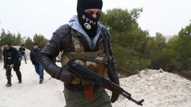 Zeytin Dalı Harekatı'ndaki ÖSO üyeleri
