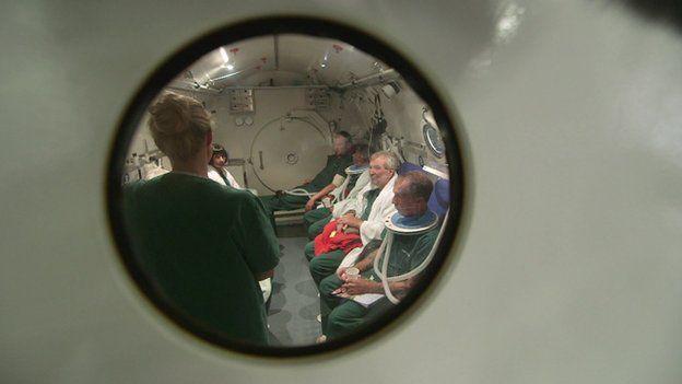 Los pacientes en cámara hiperbárica