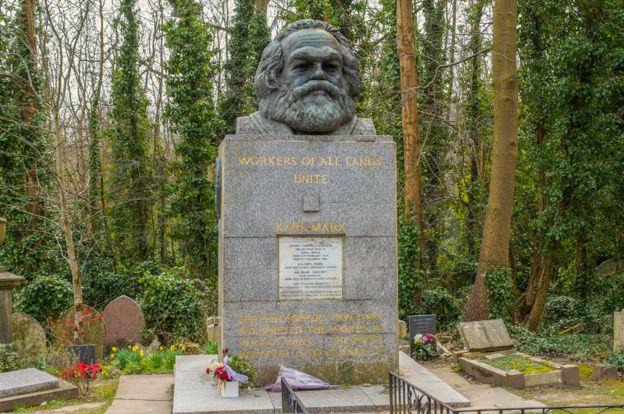 Tumba de Marx en el cementerio de Highgate, en Londres