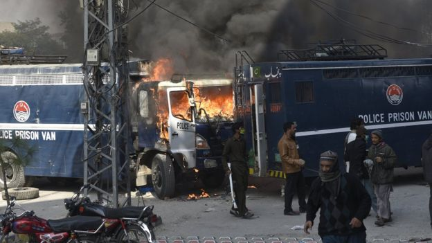 Clashes in Islamabad
