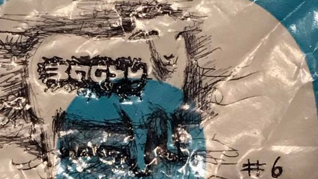 Image of a sheep drawn by Bagsy on a carrier bag