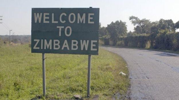 Zimbabwe border sign (file picture)