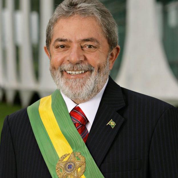 Lula da Silva con la banda presidencial.