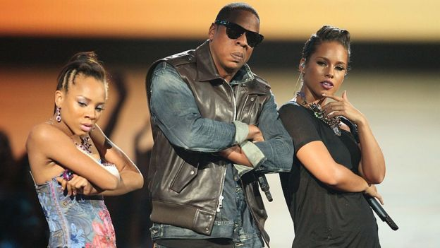 From left to right: Lil Mama, JAY-Z and Alicia Keys