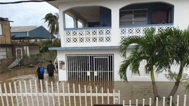 Casas inundadas en Puerto Rico.