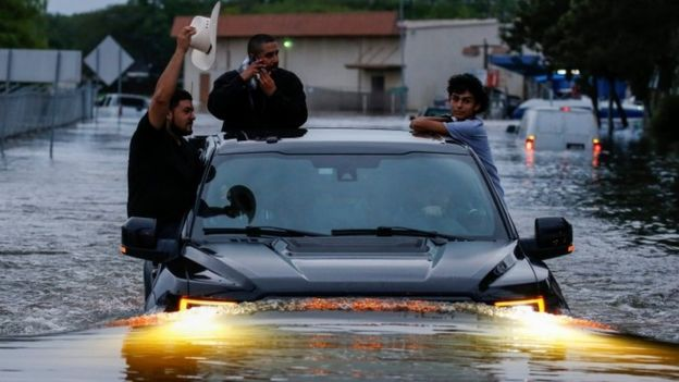 نتيجة بحث الصور عن اعصار هرفي
