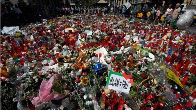Цветы на бульваре Рамбла