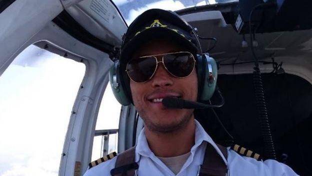 Oscar Pérez in a helicopter