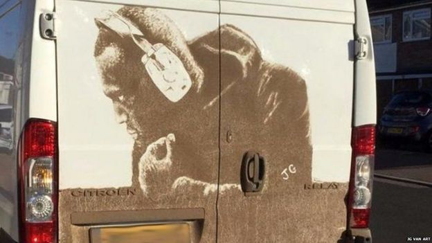 Портрет Стормзи на фургоне