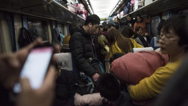 Transporte público lotado
