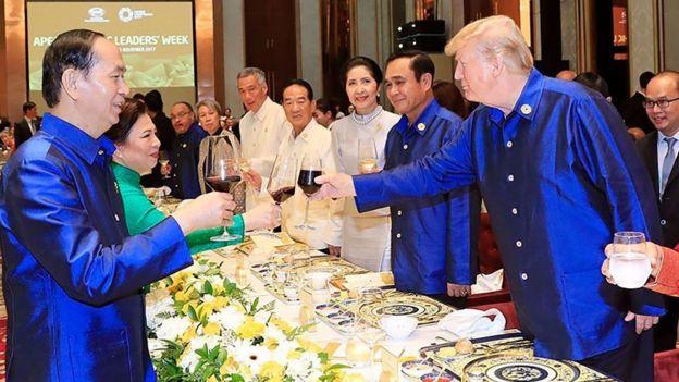 Tổng thống Hoa Kỳ dự APEC và có chuyến thăm chính thức vào hôm 12/11.