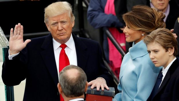 Trump jura al cargo