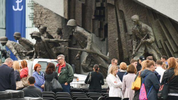 Tượng đài Khởi nghĩa Warsaw 1944