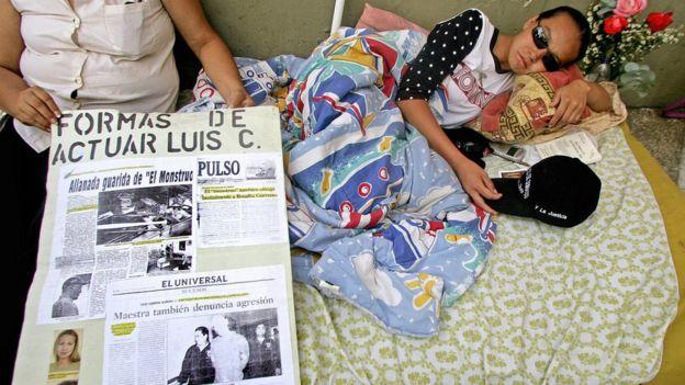 Loaiza hizo una huelga de hambre de 13 días en las puertas del Tribunal Supremo de Justicia de Venezuela como medida de presión para que atendieran su caso.
