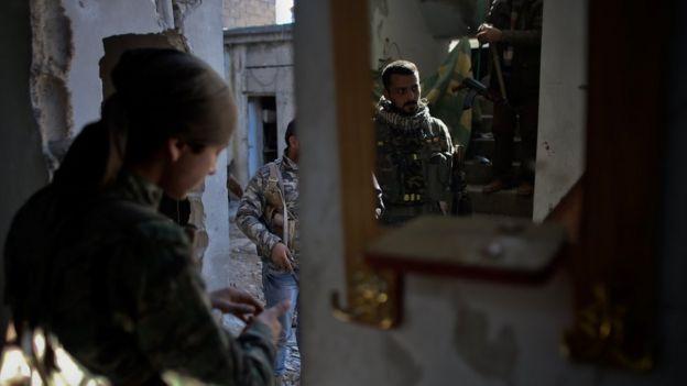 YPG militanları