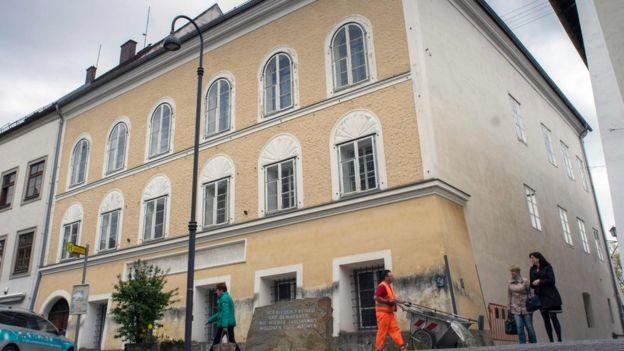 Adolf Hitler 20 Nisan 1889'da bu binada doğdu