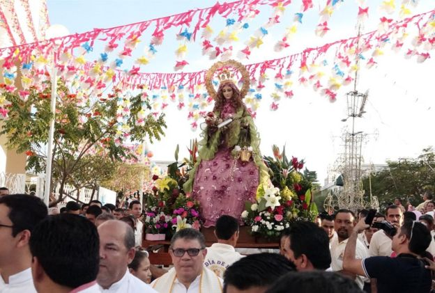 Celebración de la Virgen de la Candelaria en Tecomán.