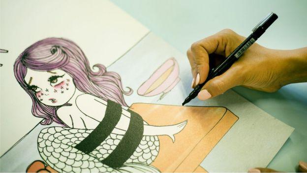 Valfre comenzó publicando dibujos en su blog
